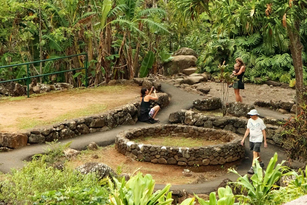 Iao Valley Cultural Site Visitors Maui