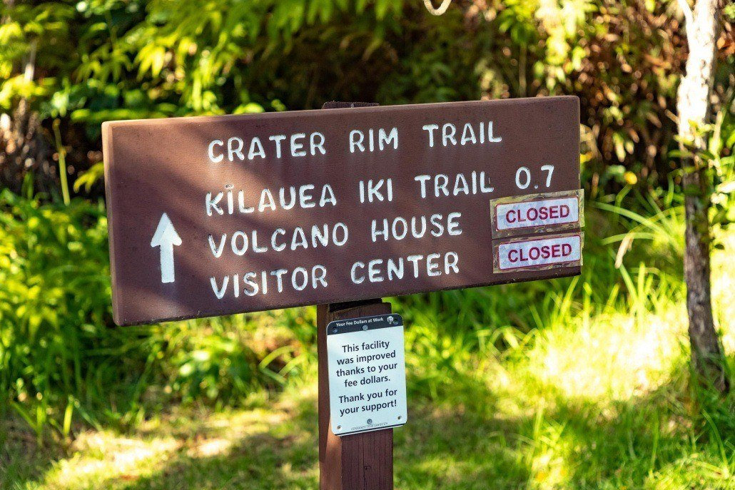 Crater Rim Trail Sign
