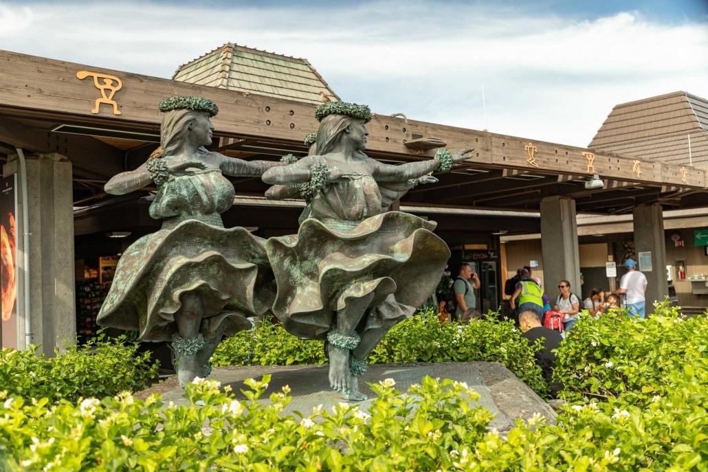 Kona Airport Hula Dancers Statue