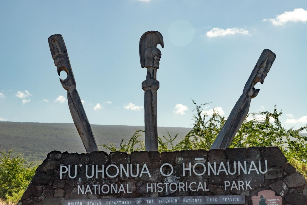 Puuhonua Place of Refuge Sign