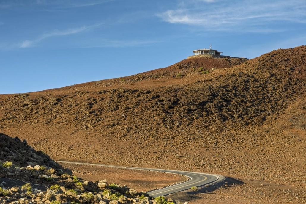 haleakala summit hike observatory